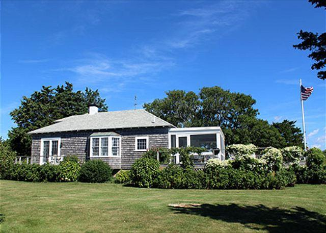 ADORABLE, ROMANTIC CONVERTED BOATHOUSE THAT LENDS ITSELF TO CASUAL RELAXATION - Image 1 - Edgartown - rentals