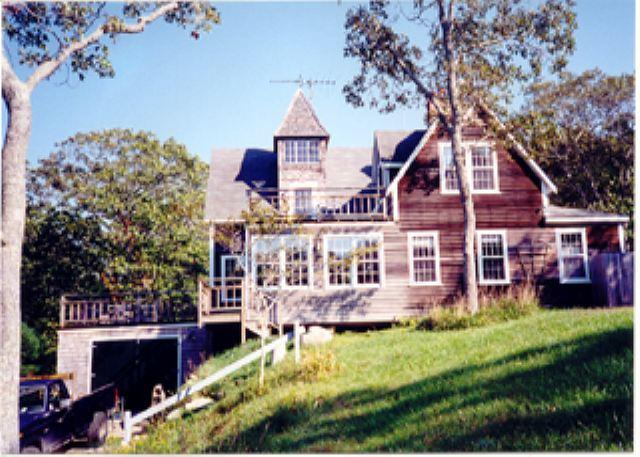 BEAUTIFUL POST AND BEAM HOME WITH WATERVIEWS OF LOBSTERVILLE BEACH - Image 1 - Aquinnah - rentals