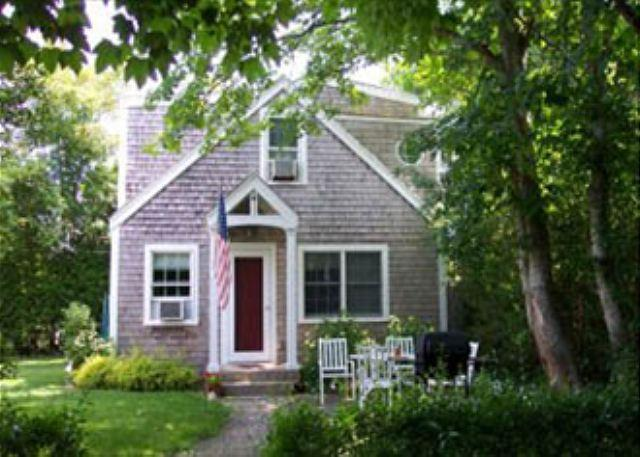 DARLING COTTAGE TUCKED IN AMONG TREES & GARDENS - Image 1 - Edgartown - rentals