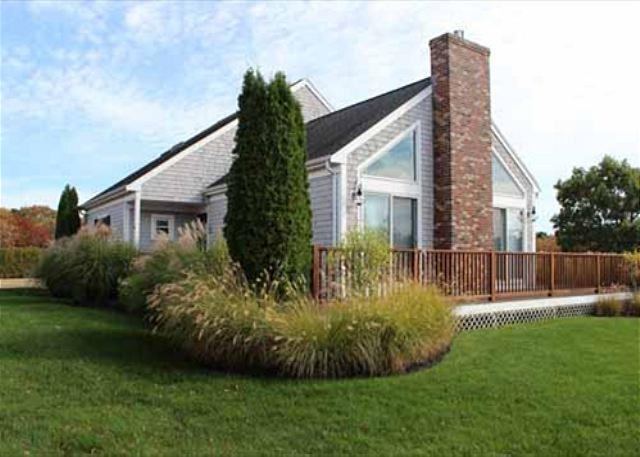 WONDERFUL SUNNY HOME WITH CENTRAL AIR AND SCREENDED IN PORCH - Image 1 - Edgartown - rentals