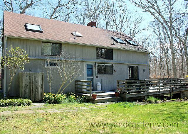 CHARMING COUNTRY HOME IN CHILMARK - Image 1 - Chilmark - rentals
