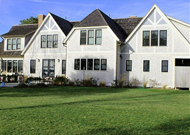 LUXURY HOME ON FARM NECK GOLF COURSE WITH GREAT WATERVIEWS - Image 1 - Oak Bluffs - rentals