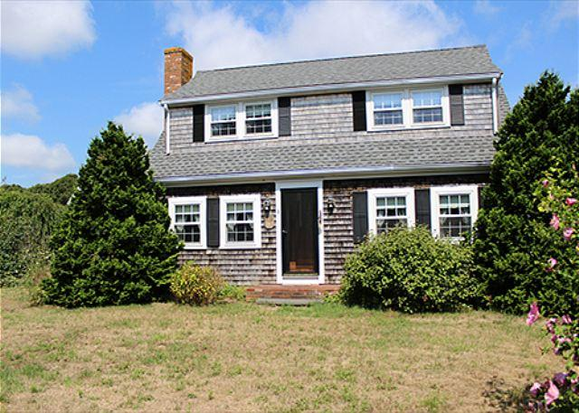 IN-TOWN EDGARTOWN HOME WITH LARGE OPEN YARD - PERFECT FOR SUMMER GAMES - Image 1 - Edgartown - rentals