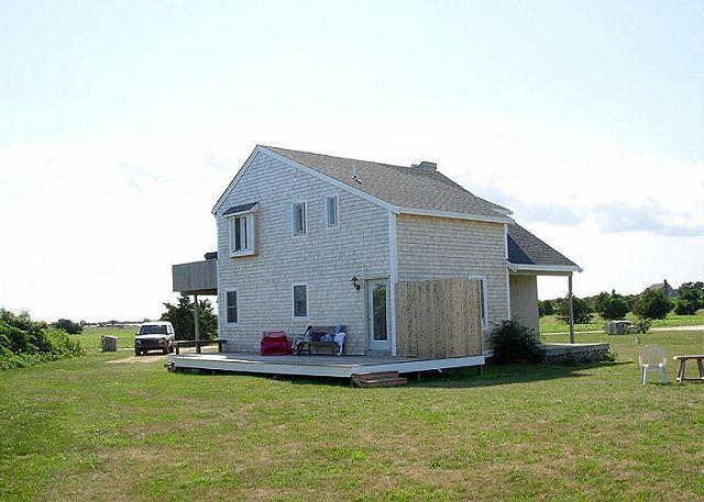 Private Katama Home, Lovely Views, Close to South Beach - Image 1 - Edgartown - rentals