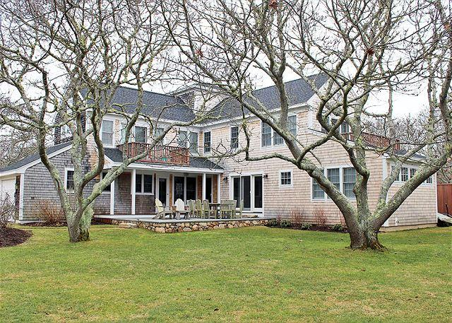 Lovely home in Katama close to South Beach - Image 1 - Edgartown - rentals