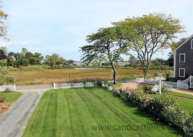 Lovely harbor views while relaxing inside or outside! - Image 1 - Edgartown - rentals