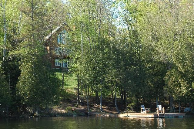 Lac Forget Oasis - Exterior View - Oasis on/sur Lac Forget - Mont Tremblant - rentals
