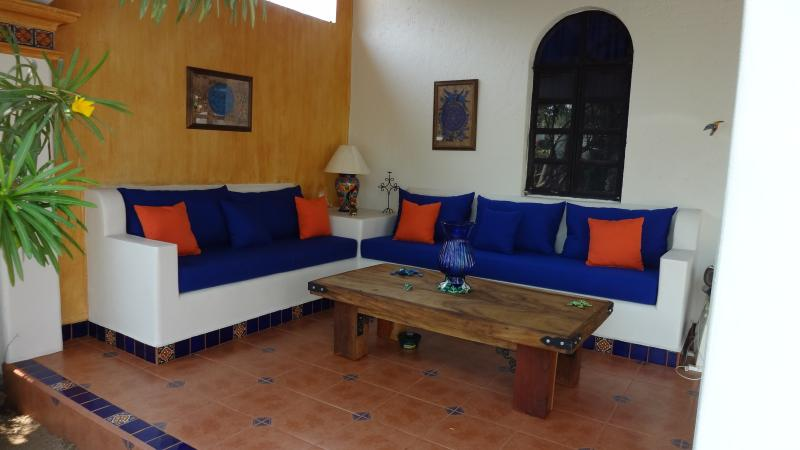 Secure 2 BR, 2 Bath house located in the friendly neighbourhood of the Rinconada - Budget Minded Traveler?  2 BR house in Rinconada - Puerto Escondido - rentals