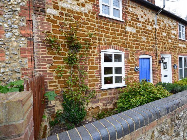 Pretty cottage in quaint village - MCON8 - Sedgeford - rentals
