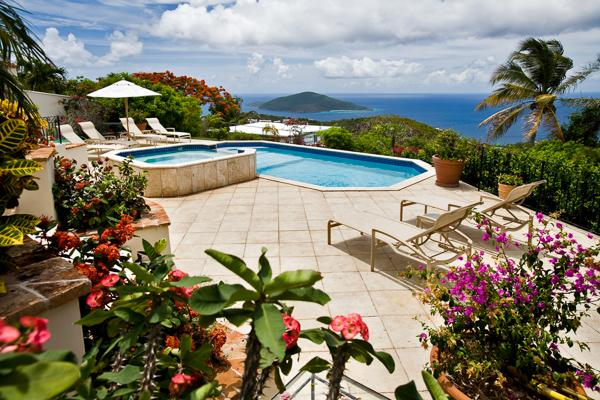 Set on a breezy knoll, a couple minutes' drive from Magens Bay Beach. MA GAR - Image 1 - Peterborg - rentals