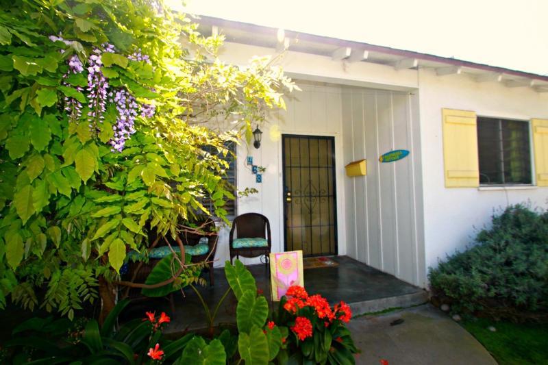 The California Cottage at Windansea  in La Jolla - Image 1 - La Jolla - rentals