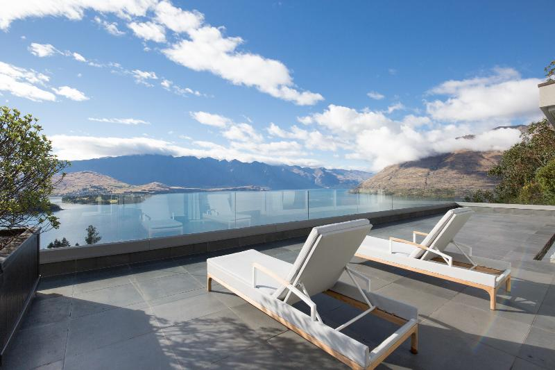 View from the balcony - Lordens Penthouse, Queenstown - Queenstown - rentals