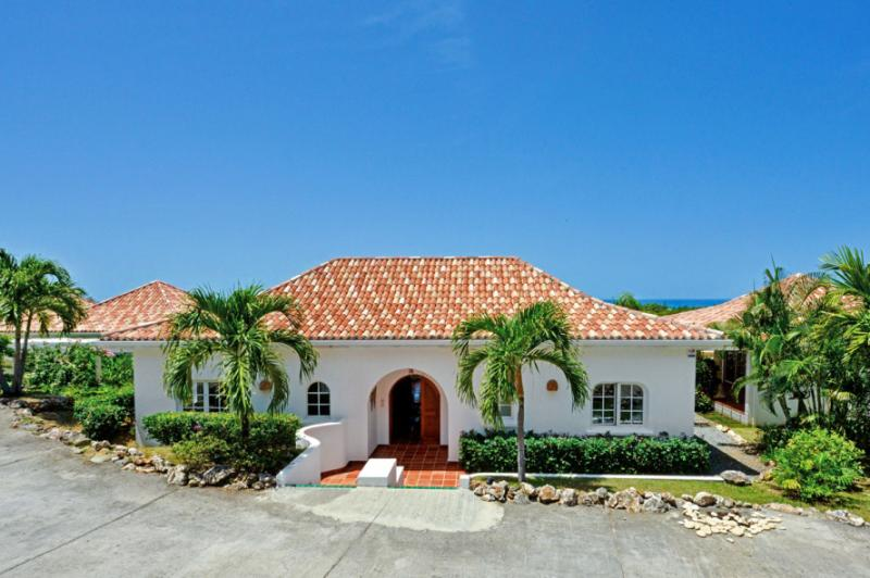 Mariposa at Terres Basses, Saint Maarten - Ocean View, Pool, Walk To Plum Bay Beach - Image 1 - Terres Basses - rentals