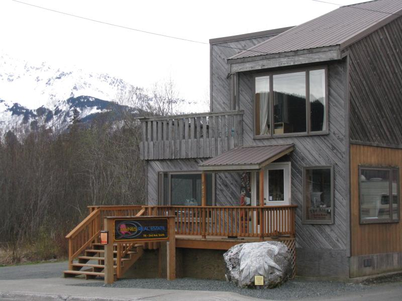 The Attic is above the Haines Real Estate Office - The Attic in Haines Alaska - Haines - rentals