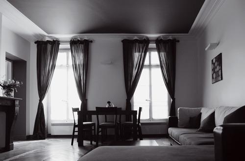 living room - 2 Bedroom Paris Apartment located on Rue Rivoli - Paris - rentals