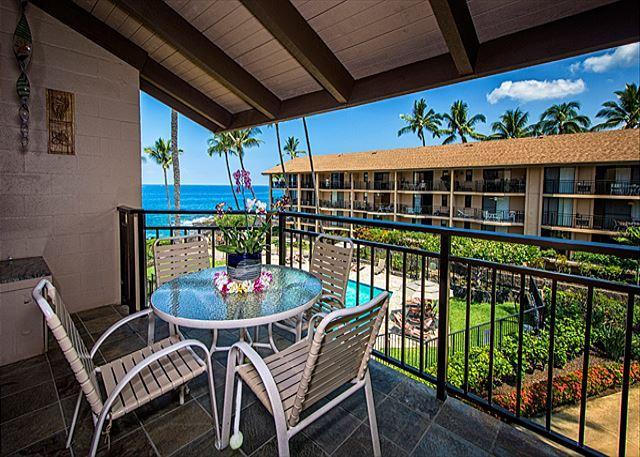 Ocean Front Community 2 bedroom with loft! - Image 1 - Kailua-Kona - rentals
