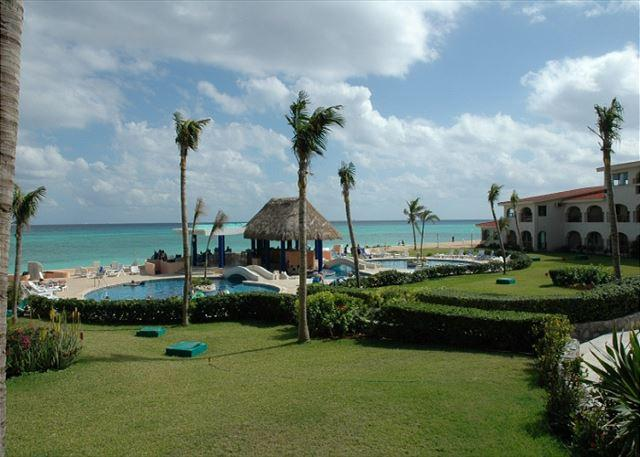 Oceanfront with pool 2 bedroom in Xaman Ha (XH7006) - Image 1 - Playa del Carmen - rentals
