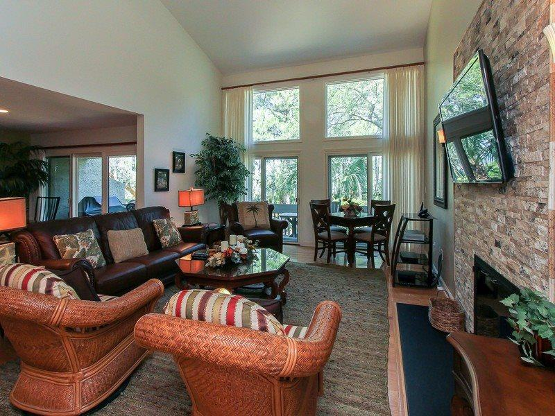 Spacious and open main living area at 1469 Sound Villa in Sea Pines - 1469 Sound Villa - Sea Pines - rentals