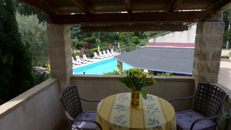Terrace looking over pool & gardens - St Sebastien, 2bed, 2bath, pool, heart of Provence - Rognonas - rentals