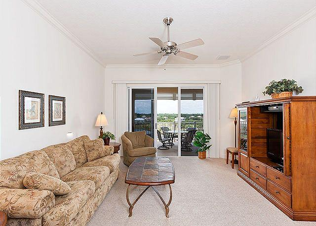 Cinnamon Beach 1052 comfortably sleeps eight people! - Cinnamon Beach 1052, 5th Floor, 2 Heated Pools, Elevator, Wifi, Fitness Room - Palm Coast - rentals