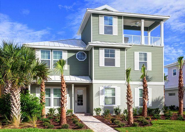 Camelot sleeps 14 and offers an elevator and guest house - Camelot Cinnamon Beach, 7 Bedrooms, 10 HDTVs, Pool, Spa, Elevator, Theater - Palm Coast - rentals