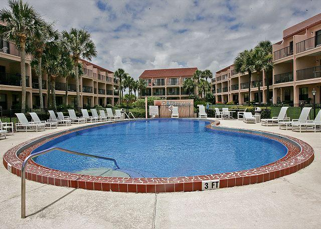 You'll love Sea Place's private pool! - Sea Place 11209, Direct Beach Front, HDTV, Pool, Tennis, St Augustine Beach - Saint Augustine - rentals