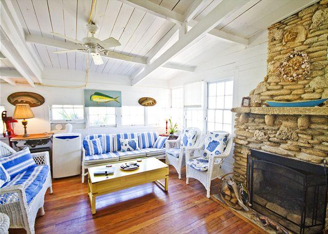 History and comfort come together in The Hut! - St Augustine The Hut, Historic Beach Front Cottage, OceanFront, LCD TV, Wifi - Saint Augustine - rentals