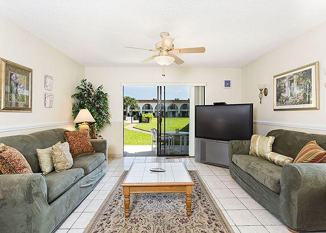 """Relax and enjoy the open living area - condo living is great! - Ocean Club II 17, completely updated, new kitchen, 57"""" HDTV - Saint Augustine - rentals"""