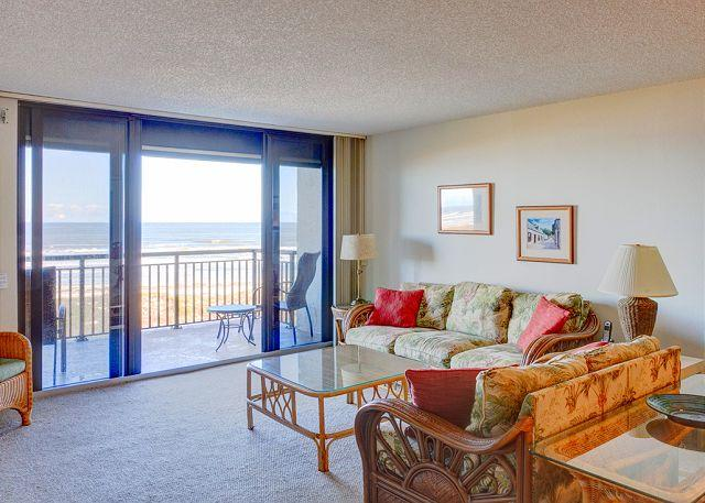 You'll feel like you're right on the beach in our comfy condo - Barefoot Trace 415, 4th floor, Ocean Front, Huge Balcony, Pool, Elevator - Saint Augustine - rentals
