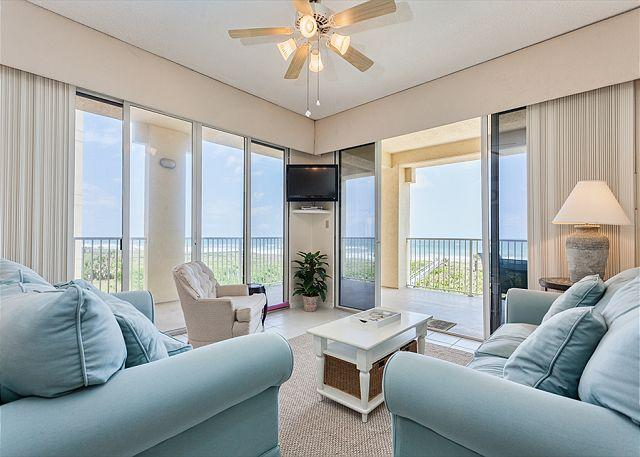 Surf Club 2301 comfortably houses four people! - Surf Club I 2301, Wifi, OceanFront, 3rd Floor, Corner Unit, Wifi, 3 pools - Palm Coast - rentals
