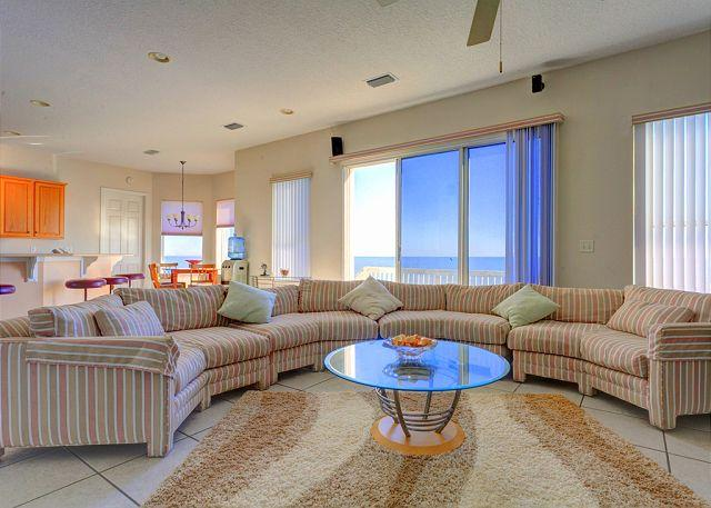 There's room for everyone to settle in our lovely living room - Ponte Vedra Beach Whisper, Beach Front, 4 bedrooms, HDTV, Wifi - Ponte Vedra Beach - rentals