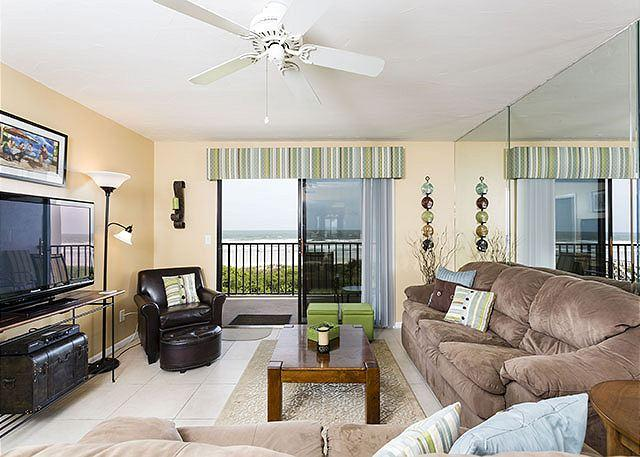 There's room for everyone in our ocean view living room - Windjammer 207 Luxury Beach Front, Newly Updated, Elevator, HDTV, - Saint Augustine - rentals