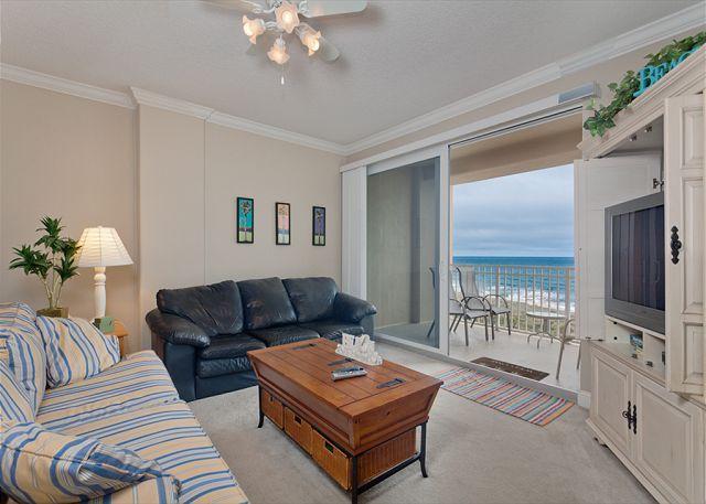 Surf Club III 705 comfortably sleeps six people! - Surf Club III 705, Beach Front, 7th Floor, 3 Bedrooms, 3 Pools - Palm Coast - rentals