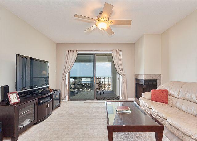 Relax and enjoy our open luxury living room - Island South 11, Ocean Front, HDTV, Wifi, Penthouse 3rd Floor - Saint Augustine - rentals