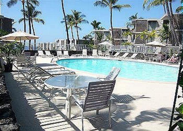 Alii Villas Affordable Oceanfront Complex Perfect Big Island Location - Image 1 - Kailua-Kona - rentals