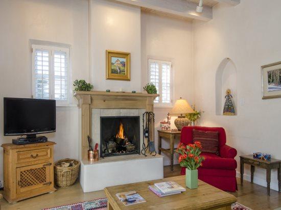 Living Room - Garcia Hideaway - Santa Fe - rentals