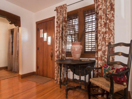 Entry into Dining  - Casa Feliz - Santa Fe - rentals
