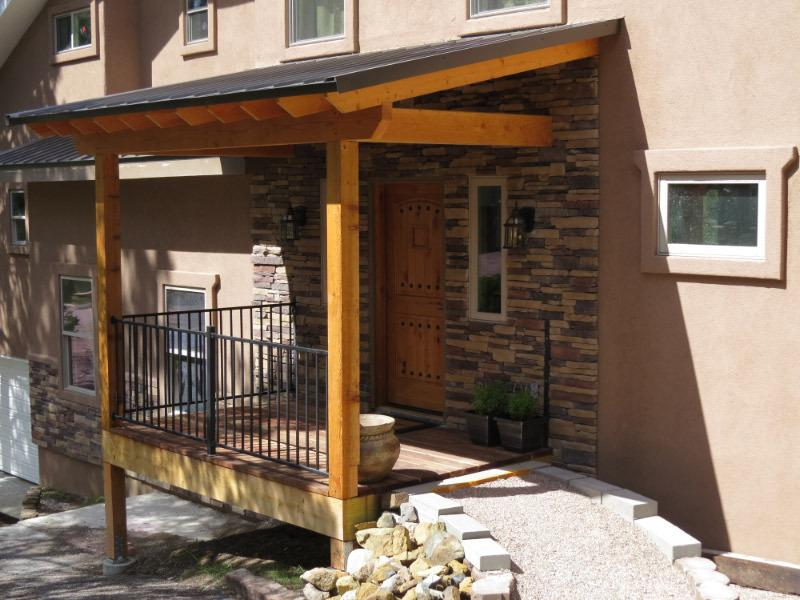 Rustic front entry with ramp and porch - Mountain Lookout - Ruidoso - rentals