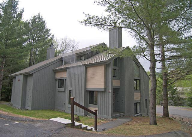 Exterior of Unit - Spring - Clearbrook 108-1- Managed by Loon Reservation Service - Lincoln - rentals