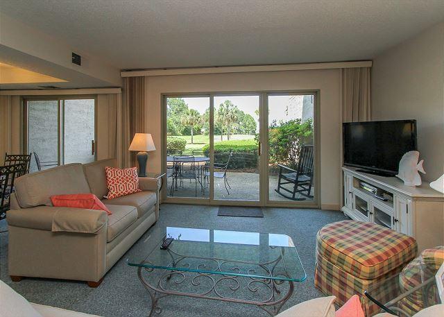 Living Area - 1746 Bluff Villas - Beautiful views. Quick walk to South Beach Marina Area. - Hilton Head - rentals