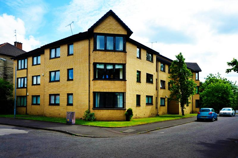 Flat on the Green 2 - Image 1 - Glasgow - rentals