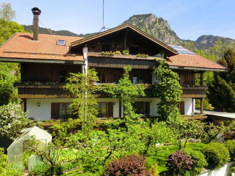 Vacation Apartment in Bad Hindelang - 646 sqft, allergy-friendly, quiet, central (# 3550) #3550 - Vacation Apartment in Bad Hindelang - 646 sqft, allergy-friendly, quiet, central (# 3550) - Obermaiselstein - rentals