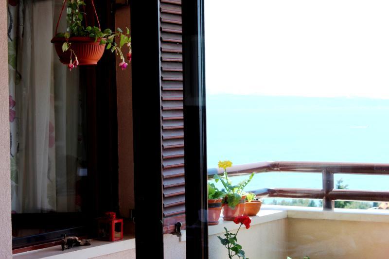 4 u 2 enjoy the genuine vacation.. - Image 1 - Split - rentals