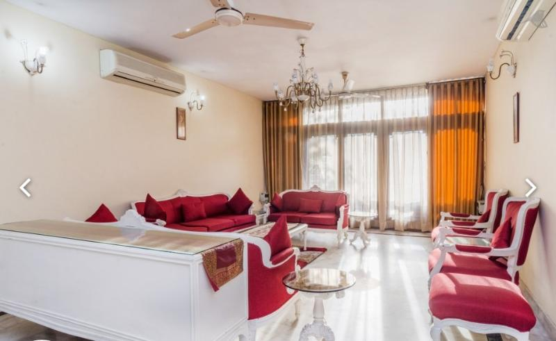 Drawing Room - 3BHK independent apartmnt with cook-Harmony Suites - New Delhi - rentals
