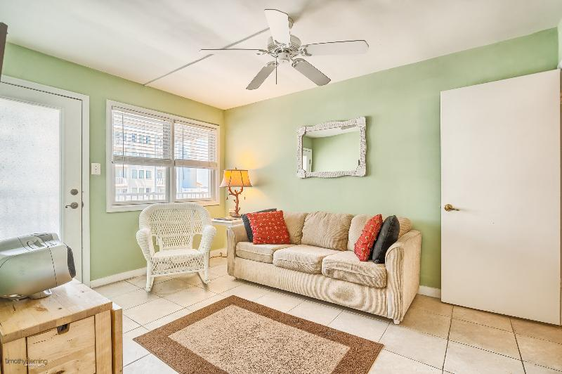 A beautiful condo with everything you need - Great family friendly condo! Steps from the beach! - Wildwood Crest - rentals