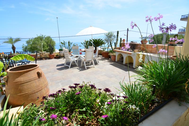 Xylokastro Corinth private suite on the sea A - Image 1 - Xylokastro - rentals
