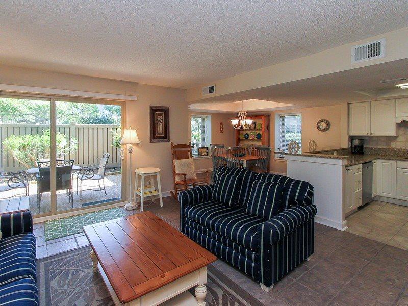 1704 Bluff Villa - 2 Bedroom  Vacation Condo in the South Beach area of Sea Pines - 1704 Bluff Villa - Sea Pines - rentals