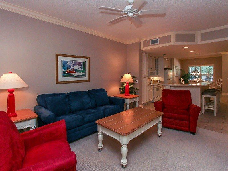 208 North Shore Place - Comfortable Living Room - 208 North Shore Place - Forest Beach - rentals