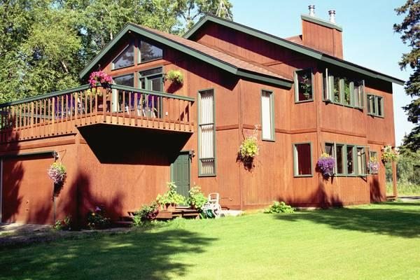Purdue House vacation rental 2 bedroom, 1 bath - Secluded home less than 5 minutes to Kenai River - Soldotna - rentals