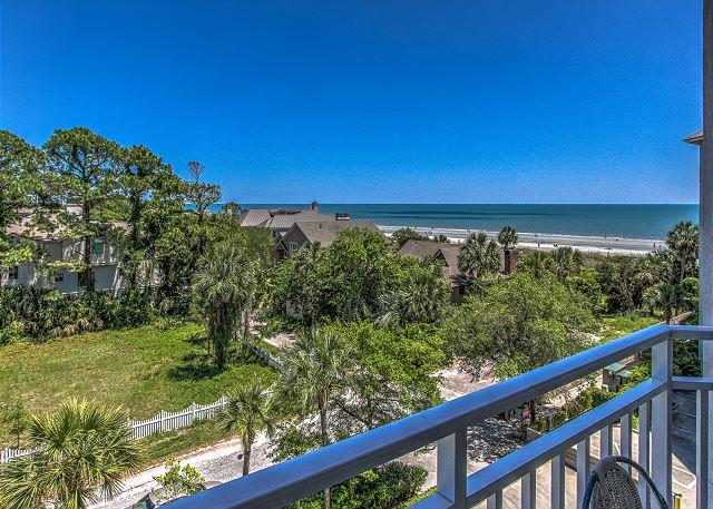 View - 2411 SeaCrest-Beautiful Oceanview & Updated. Available 6/13 & 7/4 wks - Hilton Head - rentals